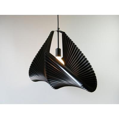 Exkluzív függesztett mennyezeti lámpa, M-es méretű, ívelt, fekete  - PIGEON